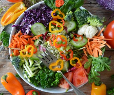 colourful veg in a bowl to promote a wellbeing blog and lifestyle blogging